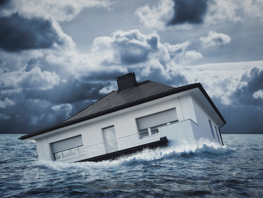 bigstock White house in water flood