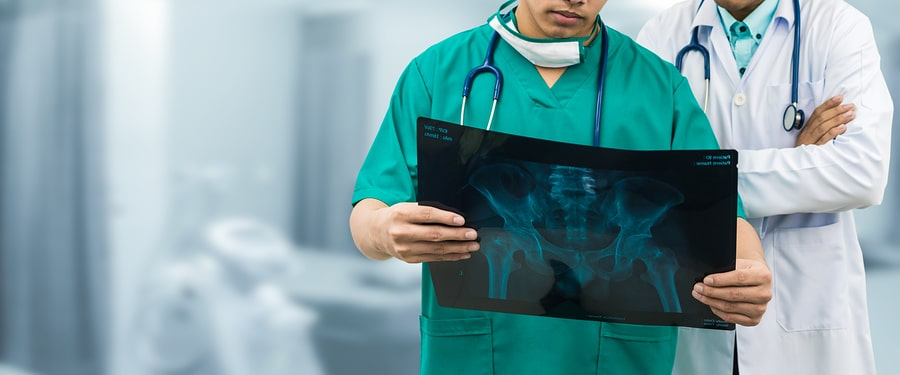 bigstock Surgeon And Doctor Looking At